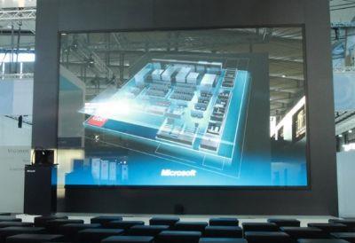 Increíble pantalla táctil gigante de Microsoft