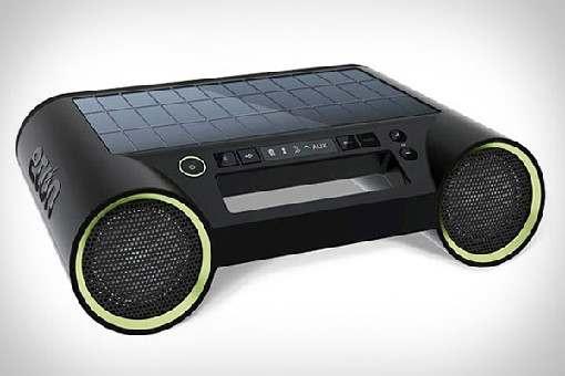 altavoces energia solar